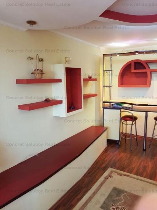 Inchiriez apartament 4 camere Ultracentral
