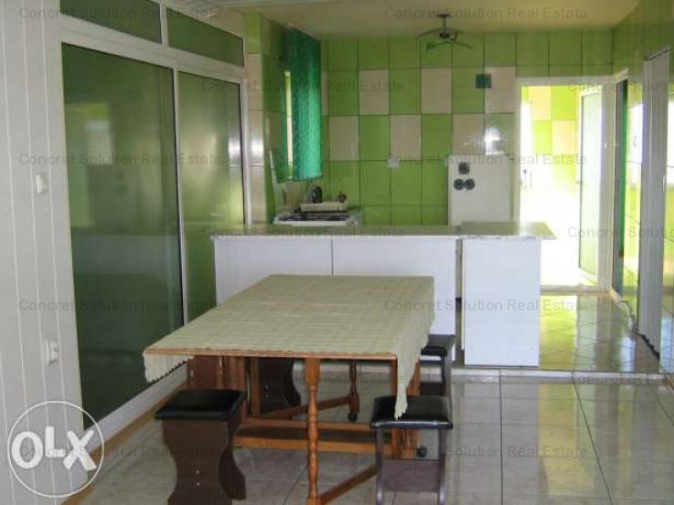 Inchiriez apartament 2 camere in Vila  Trivale
