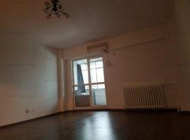Apartament 3 camere, decomandat, Piata Sf. Vineri