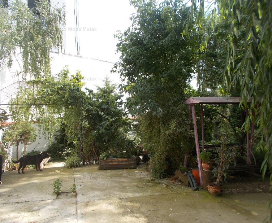 Vitan Mall - Mihai Bravu, vila cu teren de 850mp