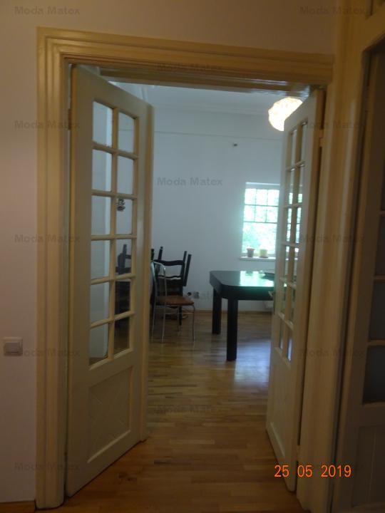 Cabinet, salon, birouri, str. Paris, 70mp
