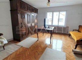Apartament 4 camere decomandat Calea Dumbravii