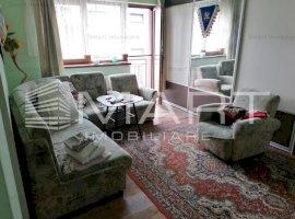 Apartament 3 camere, parcare privata, zona Floresti