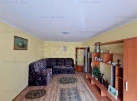 Apartament 4 camere decomandat, zona Racadau