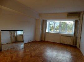 GM1199 Apartament 4 camere decomandat Unirii_Rond Alba Iulia, nemobilat