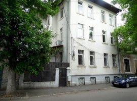 GM1288 Vanzare vila D+P+2+M Stefan cel Mare, ideal investitie