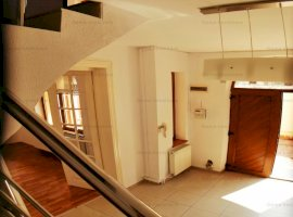 GM1377 Inchiriere vila Parcul Carol, P+1 , 6 camere, curte 110mp