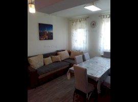 Vanzare apartament 3 camere, Floresti, Floresti