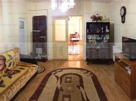 Casa, 4 camere, Piata Rahova, Salaj