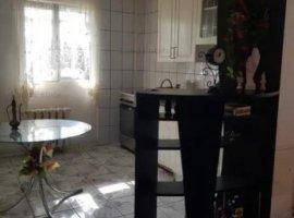 Apartament cu 3 camere in zona Dumbrava Noua