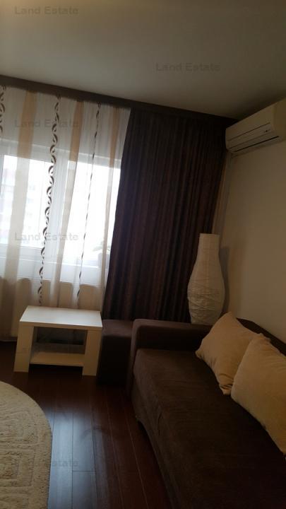 Apartament cu 3 camere in zona Panduri