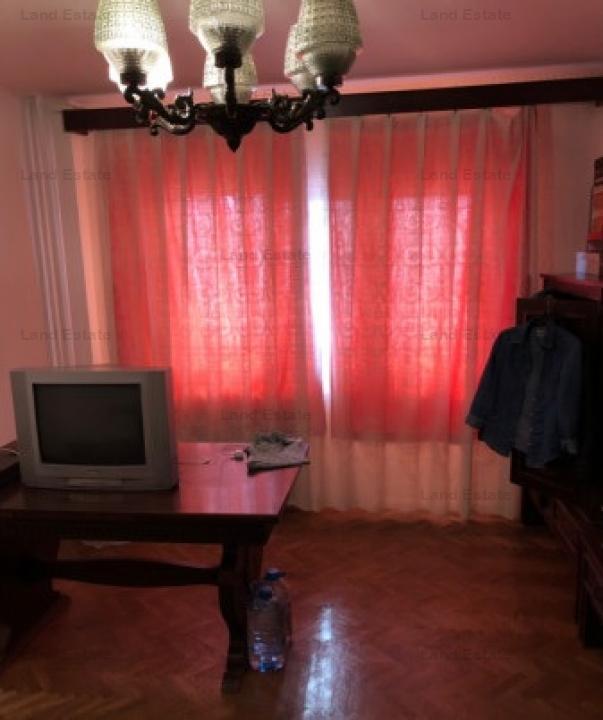 Apartament cu 3 camere in zona SEBASTIAN-RAHOVA
