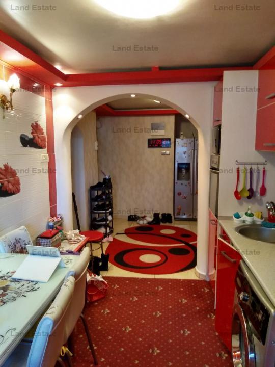 Apartament cu 4 camere in zona Barca