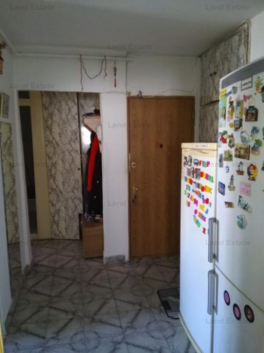 Apartament cu 3 camere in zona Ghencea