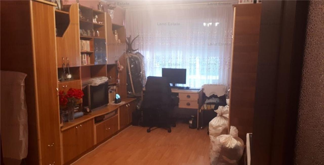 Apartament cu 4 camere in zona Crangasi (spatiu birouri)