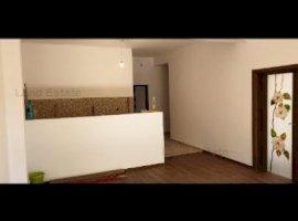 Apartament 3 camere decomandat Damaroaia