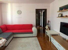 Apartament cu 3 camere in zona Uverturii