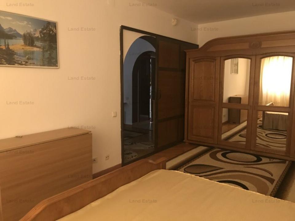 3 camere Calea Calarasilor