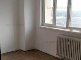 Apartament cu 4 camere in zona Lujerului