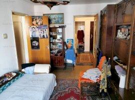 Apartament cu 3 camere in zona Crangasi (metrou, 5 minute)