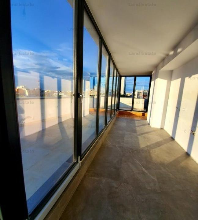 PENTHOUSE ULTRACENTRAL
