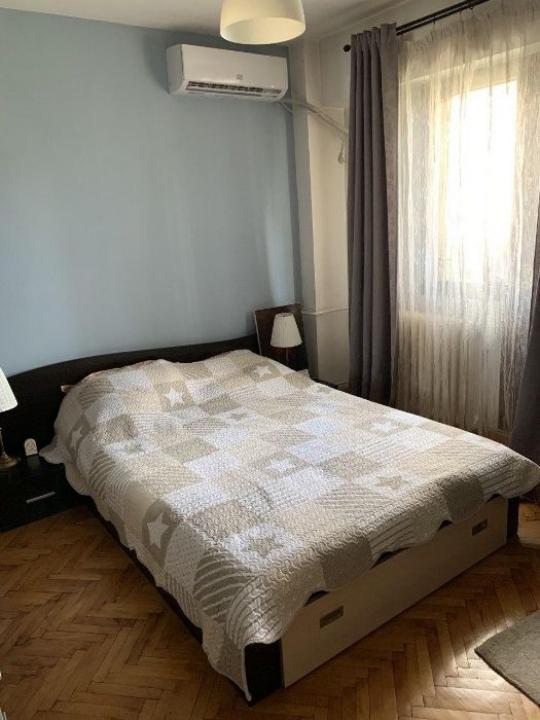 Apartament cu 2 camere in zona 13 Septembrie