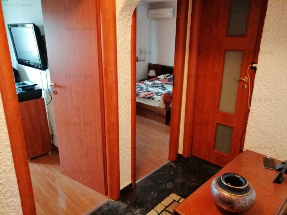 Apartament cu 3 camere in zona Sebastian
