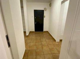 Apartamet cu 3 camere in zona Liceul Teoretic Ştefan Odobleja