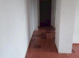 Vanzare apartament 3 camere Calea Grivitei-metrou 1 MAI