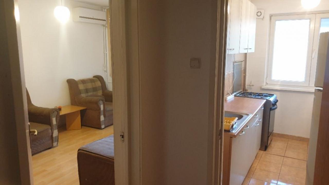 2 camere Militari - Apusului