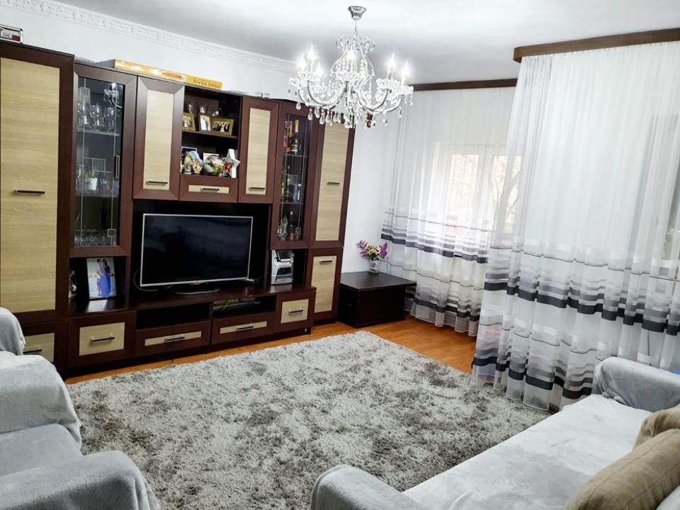 Apartament 3 camere Orsova