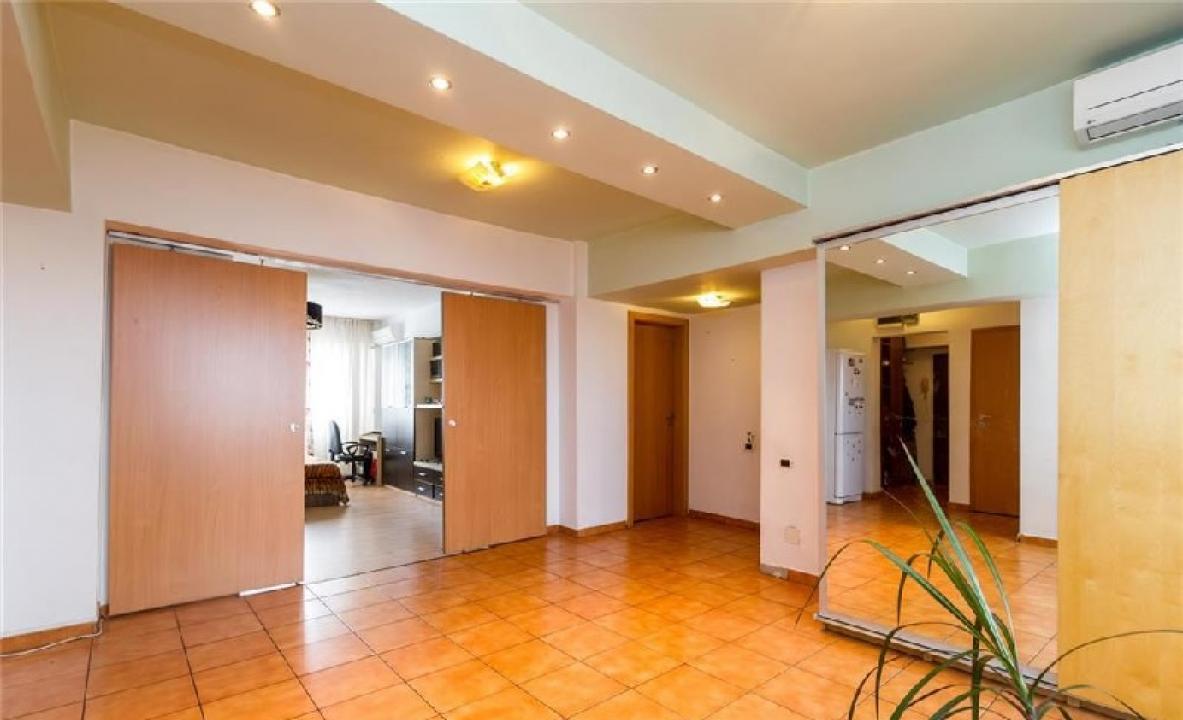 Apartament 4 camere Calea Rahova