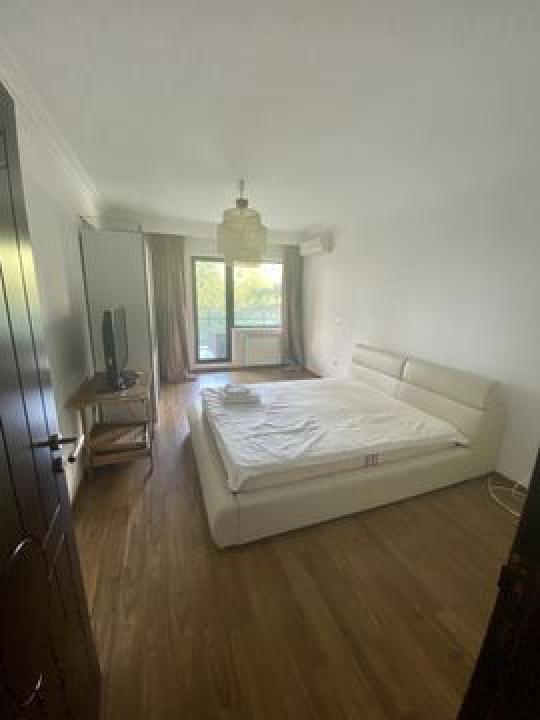 Apartament 4 camere  in Zona Baneasa