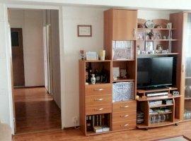 Apartament cu 3 camere, 2 bai, in zona Drumul Taberei