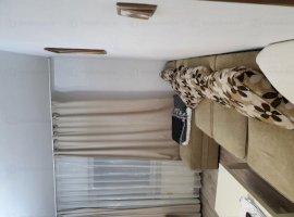 Apartament 3 camere vis-a-vis de Liceul Odobleja