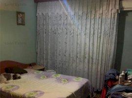 Apartament de 3 camere in zona Crangasi