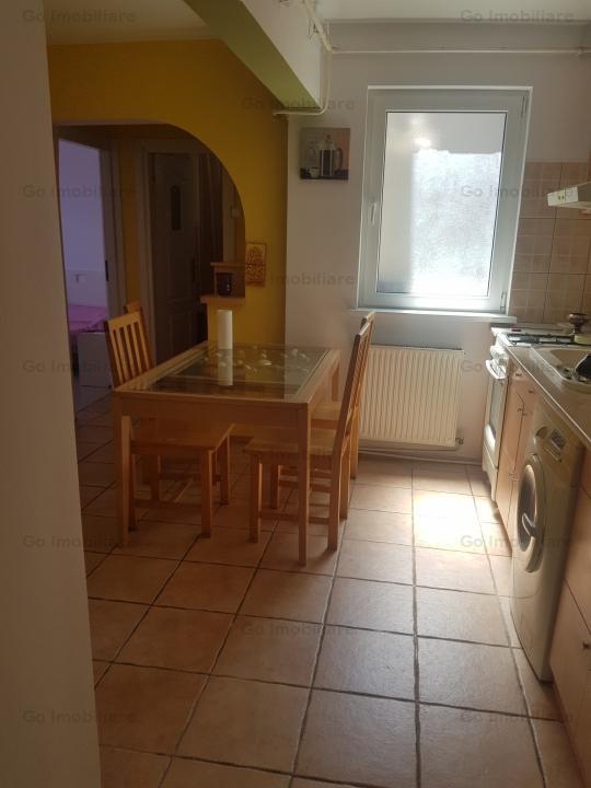 Apartament  3 camere Cafenea Piata Unirii