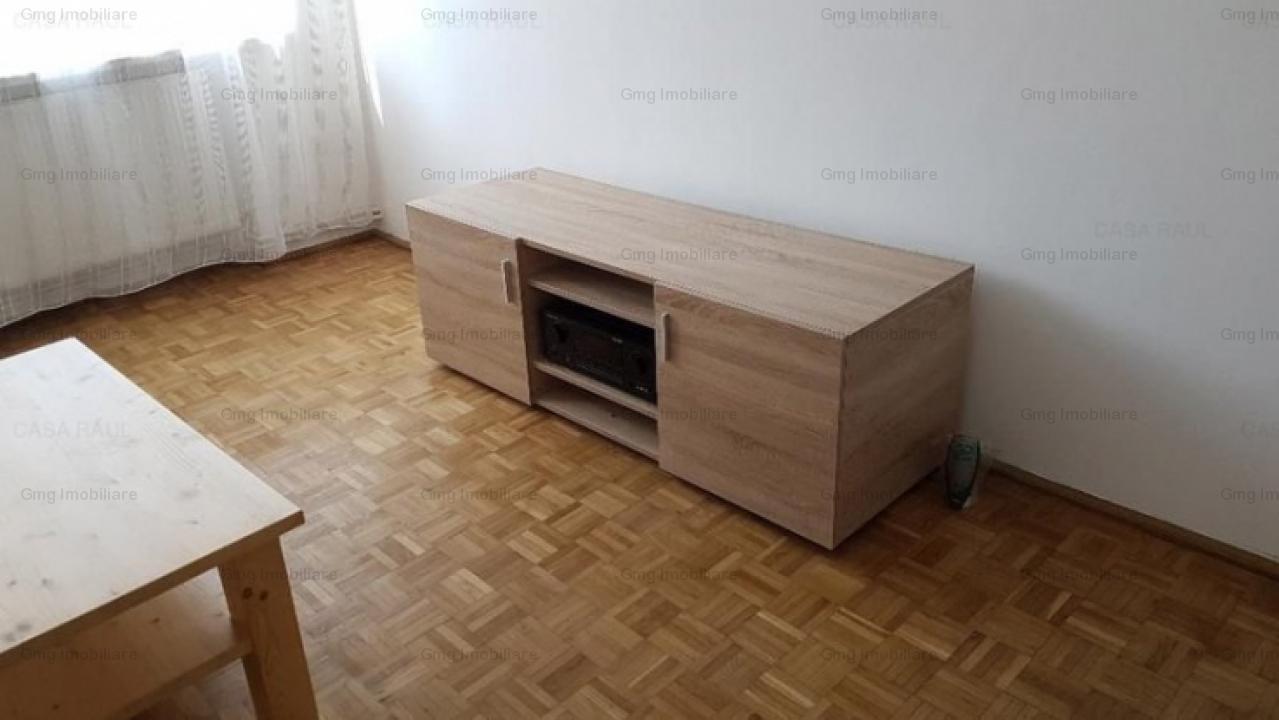 Apartament 2 camere zona Stefan cel Mare
