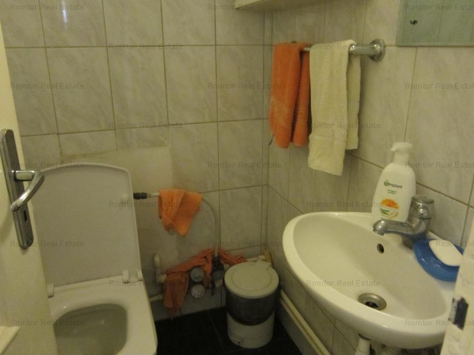 Apartament 4 camere- Primaverii