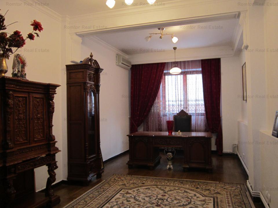 Vila 10 camere Domenii de vanzare/inchiriere