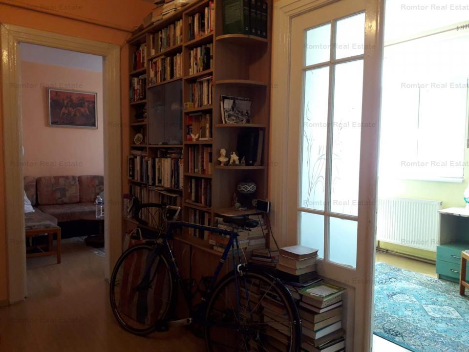 Apartament 3 camere- Feroviarilor