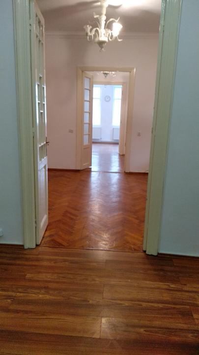 Casa Dorobanti, Calea Floreasca, renovata, libera, disponibila imediat