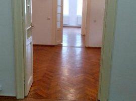 Birouri in vila Dorobanti, Calea Floreasca, renovata, disponibila imediat