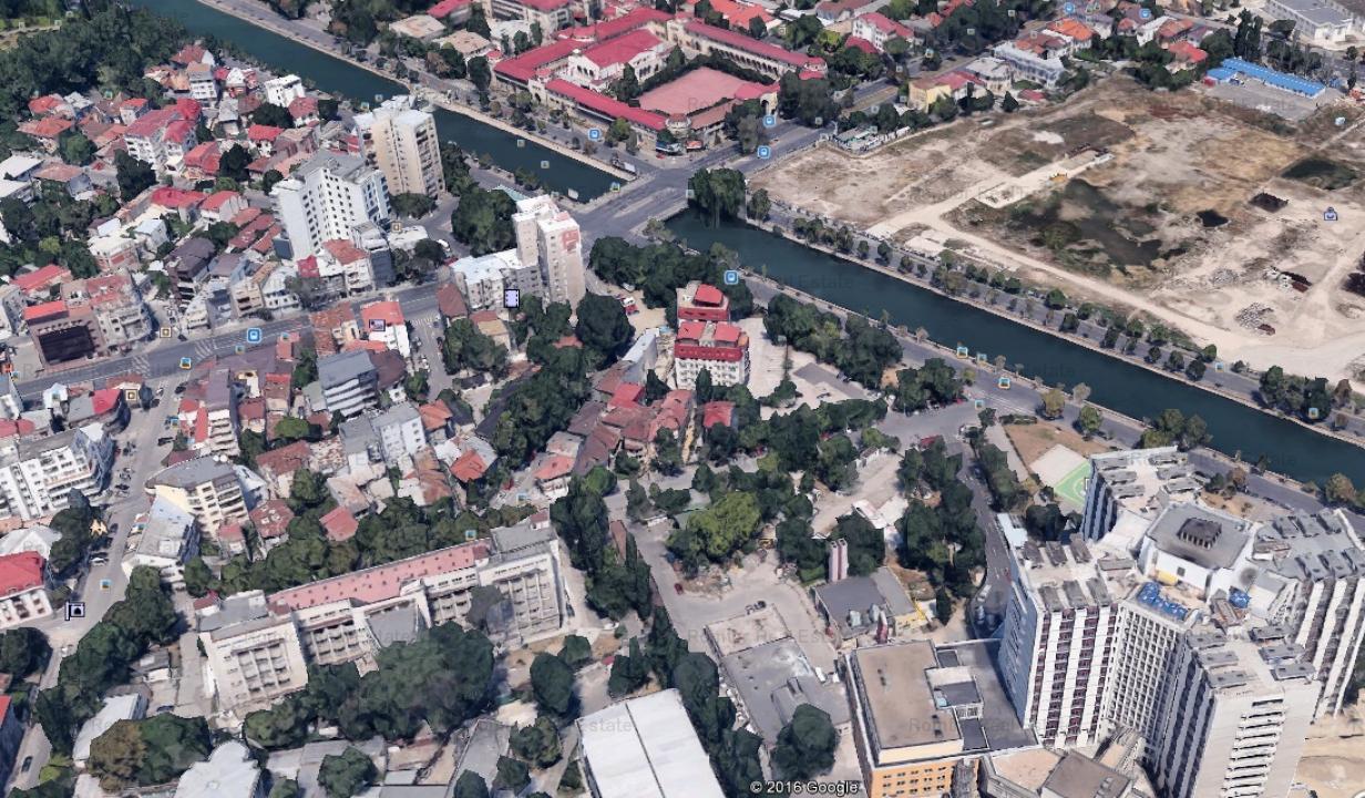 Cotroceni - Spitalul Universitar, 520 mp, deschidere 25 ml