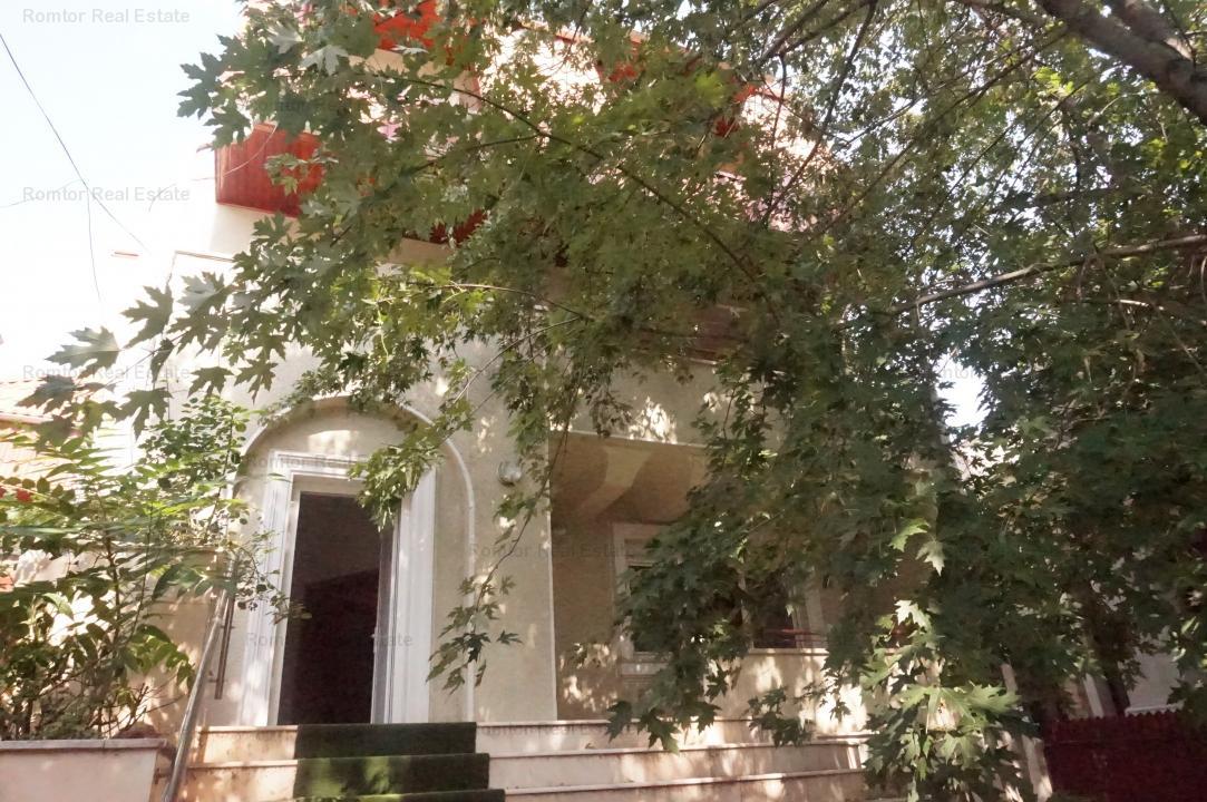 Vila de inchiriat Piata Victoriei