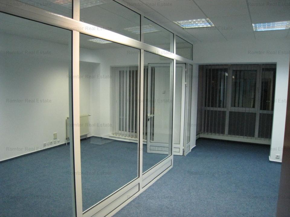 Spatiu birouri in Domenii