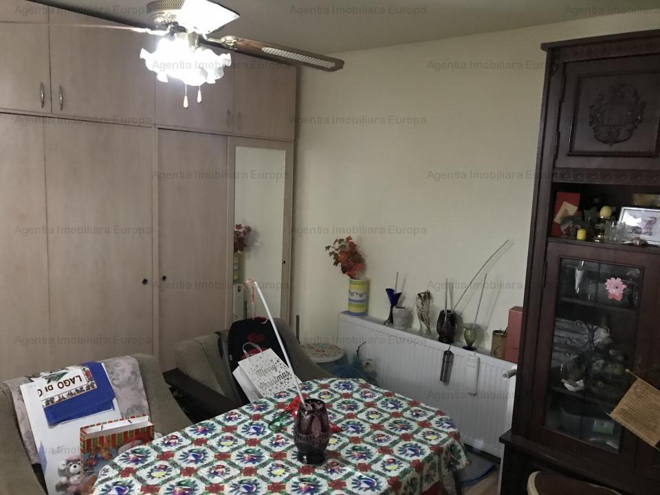 Casa 4 camere zona Centrala