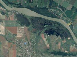 Teren Baltenii de jos la Dunare