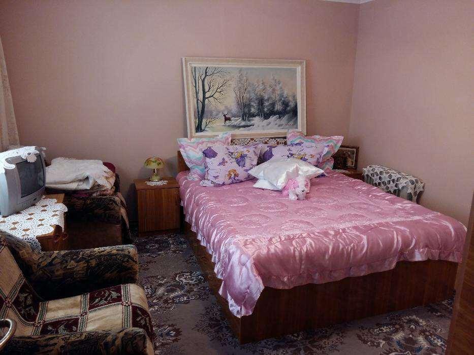 Casa 4 camere amplasata in zona Carierei