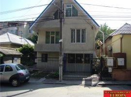 Casa P+M cu spatiu comercial 70mp